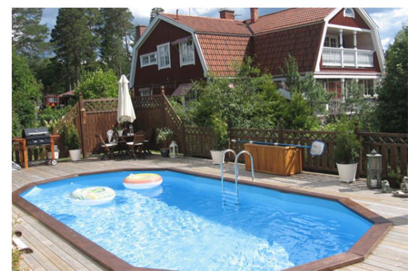 Pool deb36bd2bd755